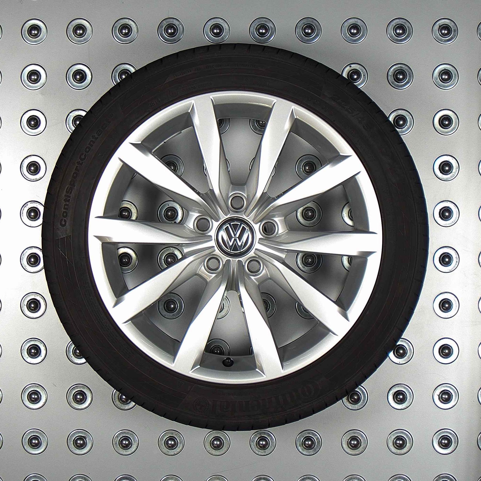Volkswagen Passat 3g B8 Velgen 17 Inch Zomerbanden